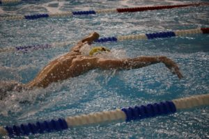 action shot - swimteam